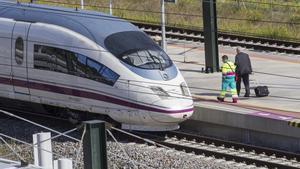 Renfe augmenta l'oferta de l'AVE Figueres-Girona-Barcelona
