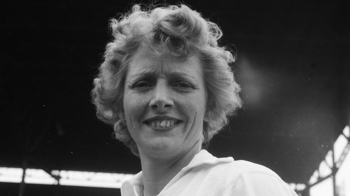 Fanny Blankers, la primera madre medallista, en Ámsterdam, en 1949.