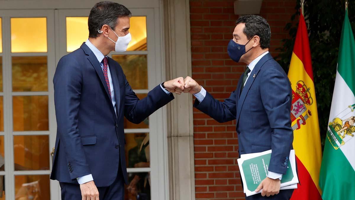 Pedro Sánchez y Juanma Moreno, durante una reunión en la Moncloa, el pasado mes de junio.
