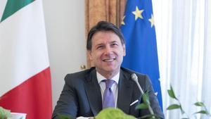 El primer ministro italiano,Giuseppe Conte, durante la video conferencia desde la sede del Gobierno en Roma.