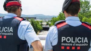 Agentes de la policía catalana.
