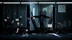 'Opening night', La Veronal al país de les meravelles