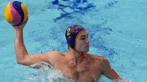 Alberto Munárriz durante un partido de la selección española de waterpolo en los Juegos Olímpicos de Tokio.