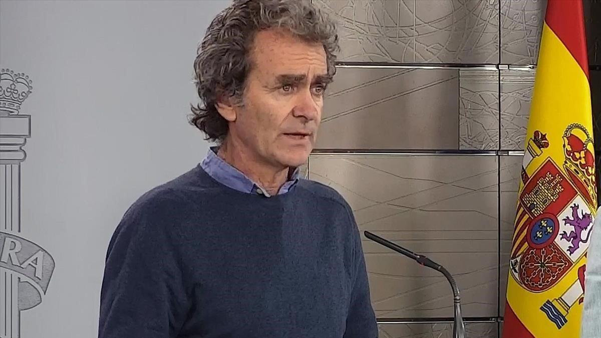 El director del Centro de Coordinación de Alertas yEmergencias Sanitarias del Ministerio de Sanidad,Fernando Simón, este domingo.