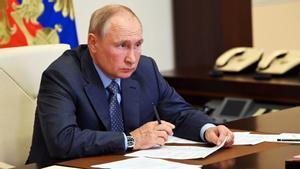 Vladimir Putin en su despacho.