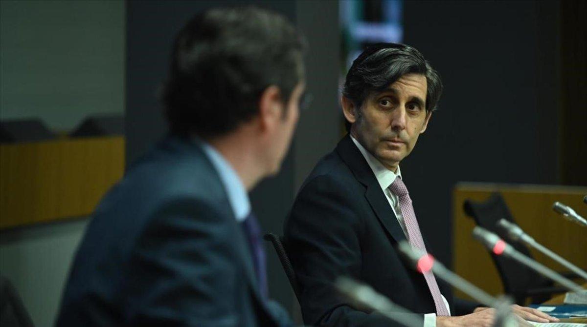 El presidente de Telefónica, José María Álvarez-Pallete, junto a Antonio Garamendi, durante la Cumbre de la CEOE.
