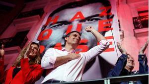 GRAF212. MADRID, 29/04/2019.- El candidato a la presidencia del Gobierno por el PSOE, Pedro Sánchez, durante su valoración de los resultados electorales en la sede socialista en la Calle Ferraz de Madrid. EFE/JuanJo Martín.