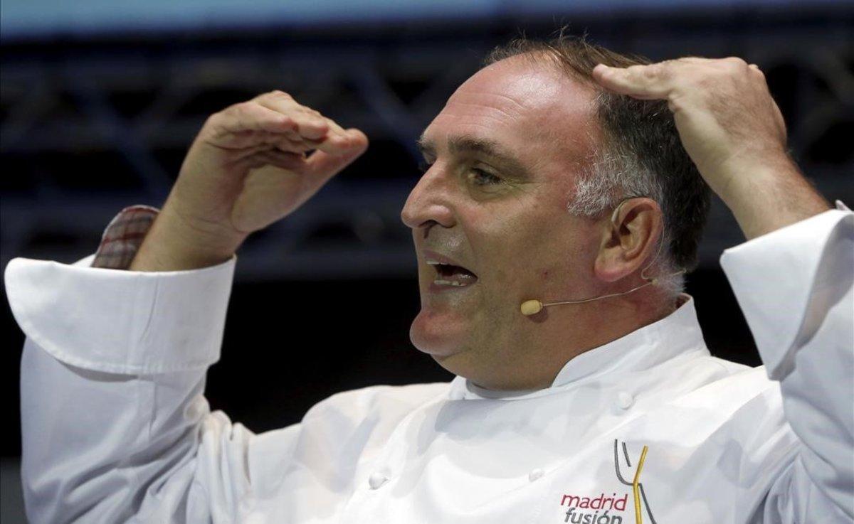 El chef José Andres, durante la conferencia 'Alta cocina para cambiar el mundo'.