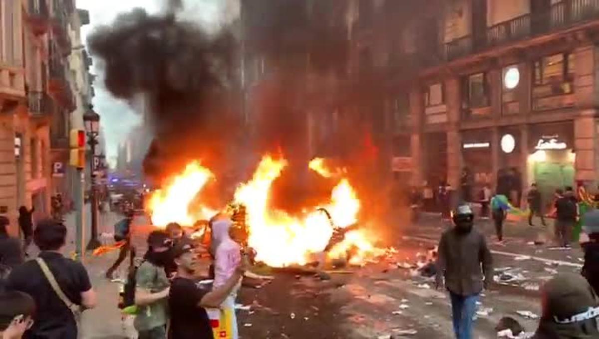 Incidentes en Via Laietana.