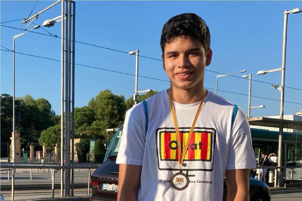 Oscar Garries, tercer clasificado de la XXV Olimpiada Informática Española