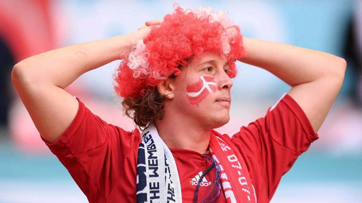 Un aficionado danés, durante el partido contra Inglaterra de semifinales en Wembley.