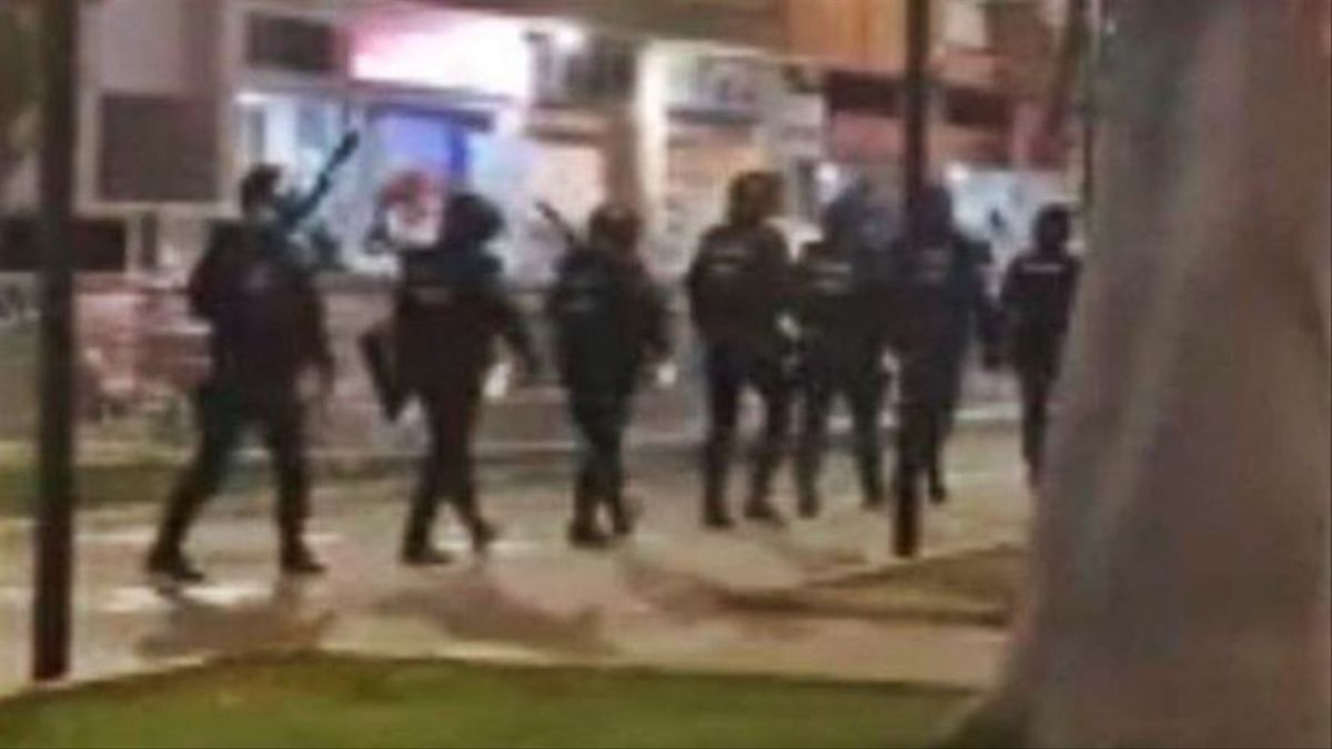 La policia avorta una altra baralla amb 100 adolescents en un parc de València