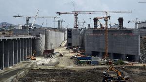 Trabajos de ampliación del Canal de Panamá en abril del 2015.