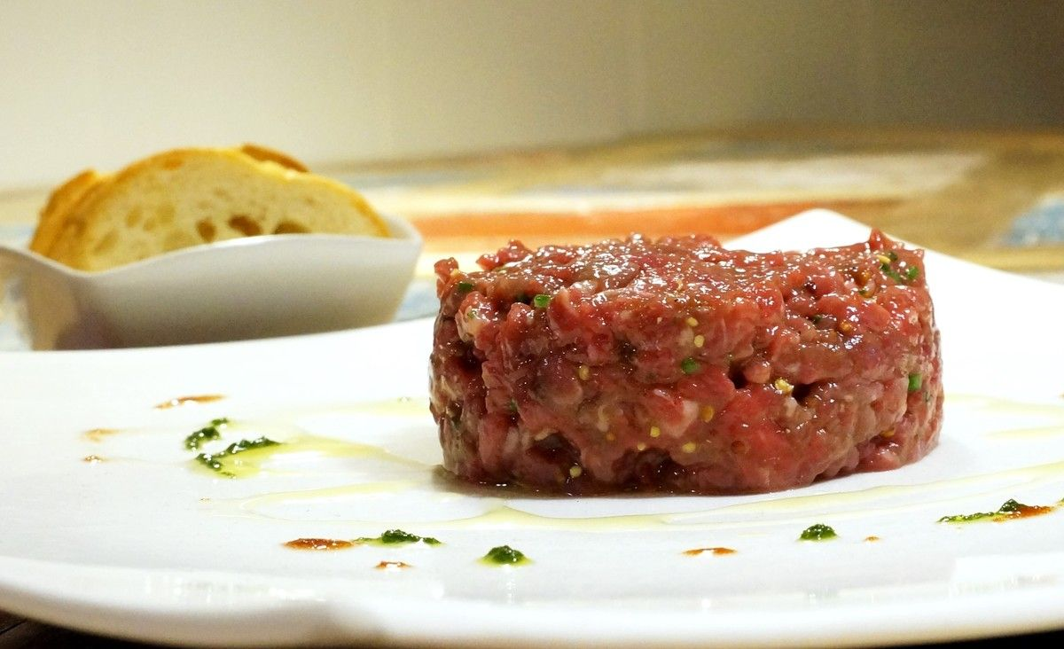 El 'steak tartar' de Dani Lechuga, de Bardeni.