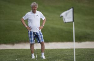 Giancarlo Antognoni, jugando a golf en el Costa Brava Legends Trophy, en el campo de la PGA en Catalunya.