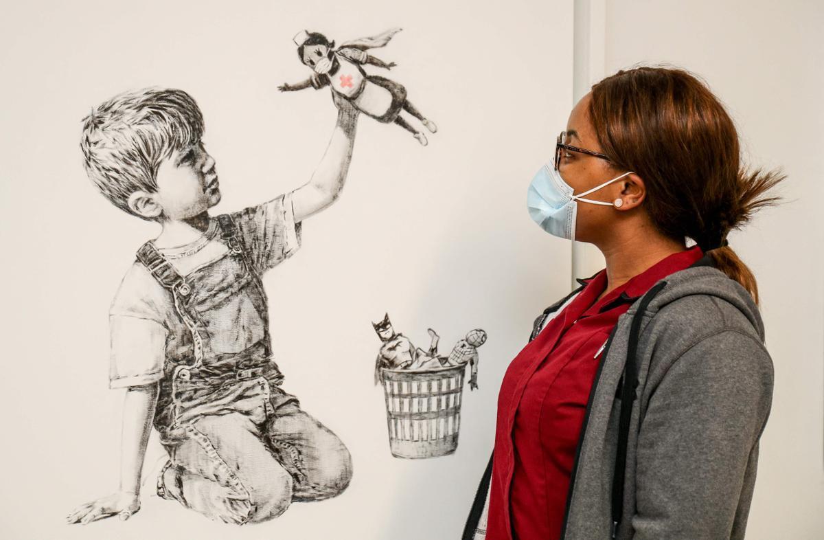 La obra de Banksy 'Game Changer', subastada en Christie's.