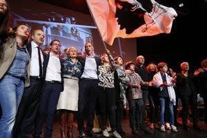 Candidatos nacionalistas corsos en un acto de campaña.
