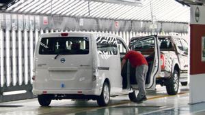 La furgoneta eNV200 y los pick-up, unicos modelos de la marca en Zona Franca.