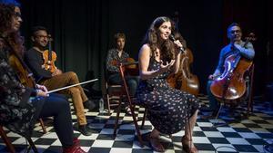 Sílvia Pérez Cruz, en la presentación de su nuevo disco, acompañada por un quinteto de cuerda, en el Círcol Maldà.
