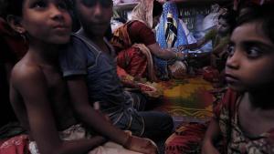 Pequeñas rohinyás: casadas por el hambre