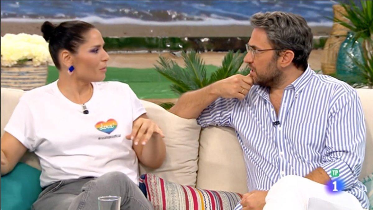 Rosa López y Máxima Huerta en el plató de 'A partir de hoy'.
