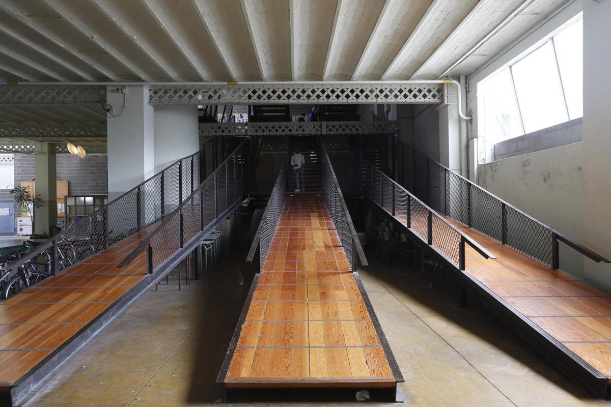 Institut La Llauna, obra de Enric Miralles.