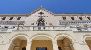 Fachada exterior de los Salesians de Mataró.