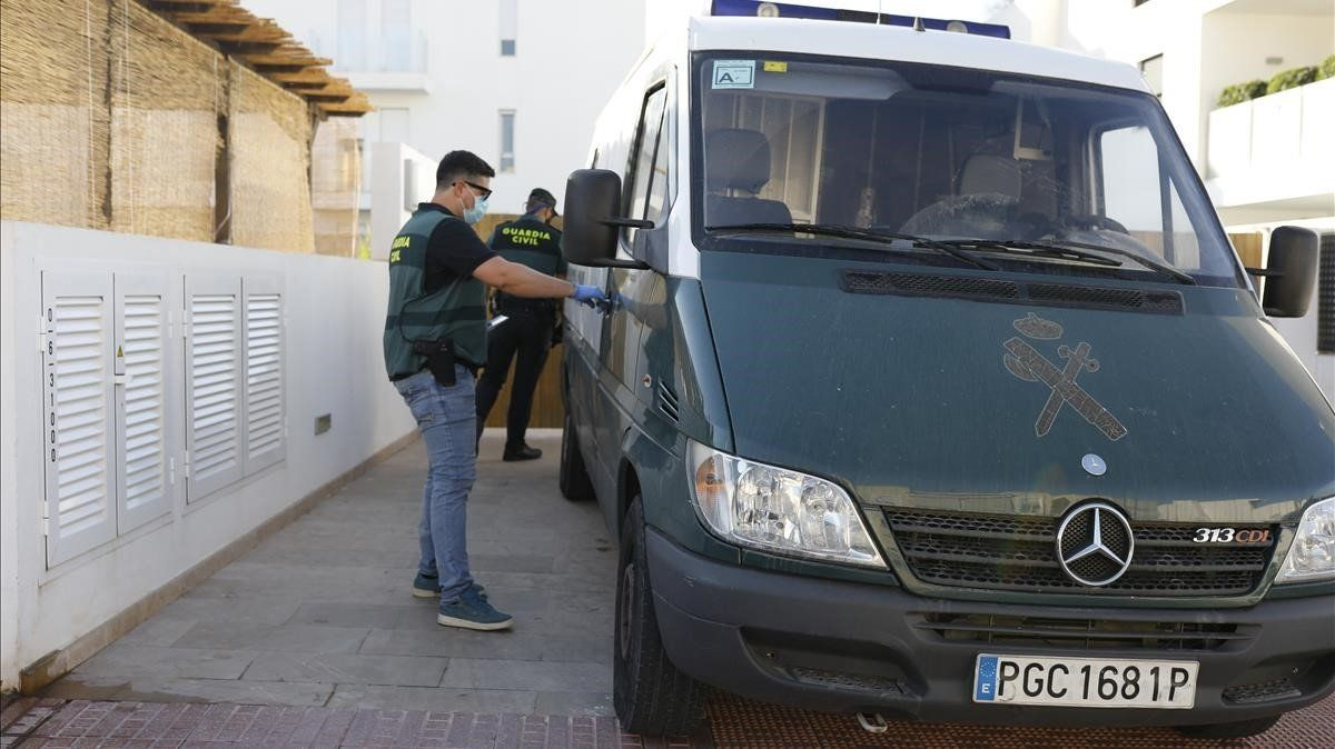La Guardia Civil, en colaboración con Homeland Security Departament de Estados Unidos, ya ha detenido a cinco personas