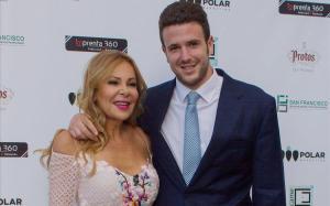 Ana Obregrón y su hijo Áless, en el 2016.