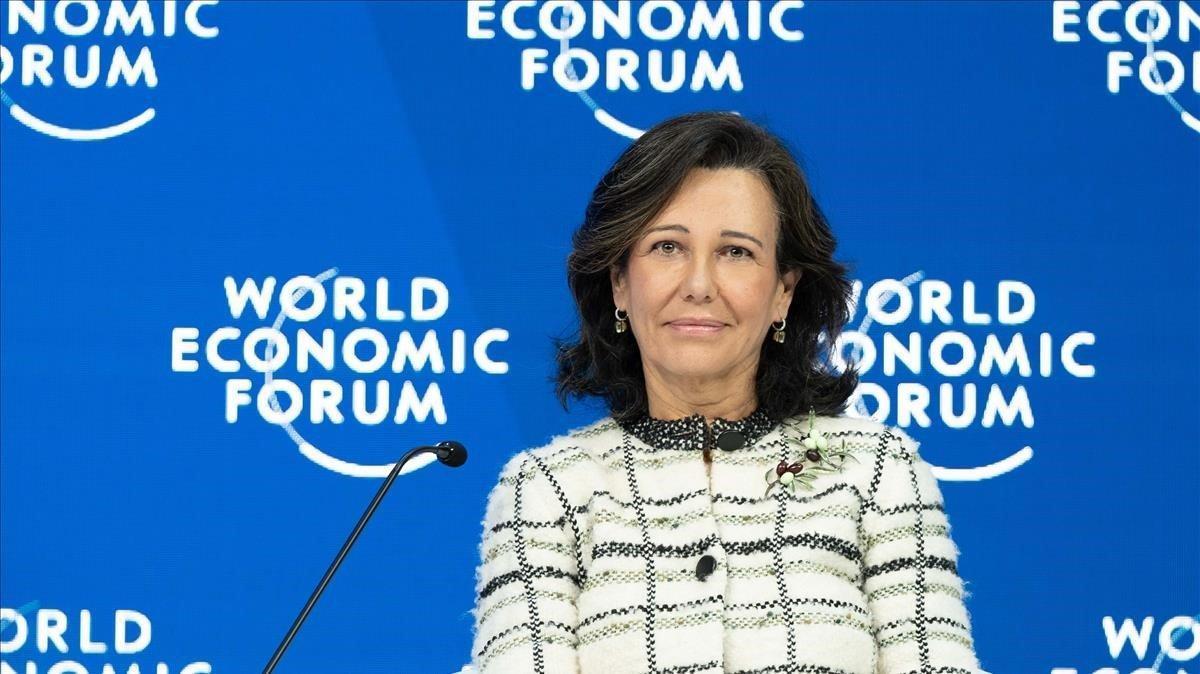 La presidenta del Santander, Ana Patricia Botín, en el Foro Económico Mundial de Davos (Suiza).