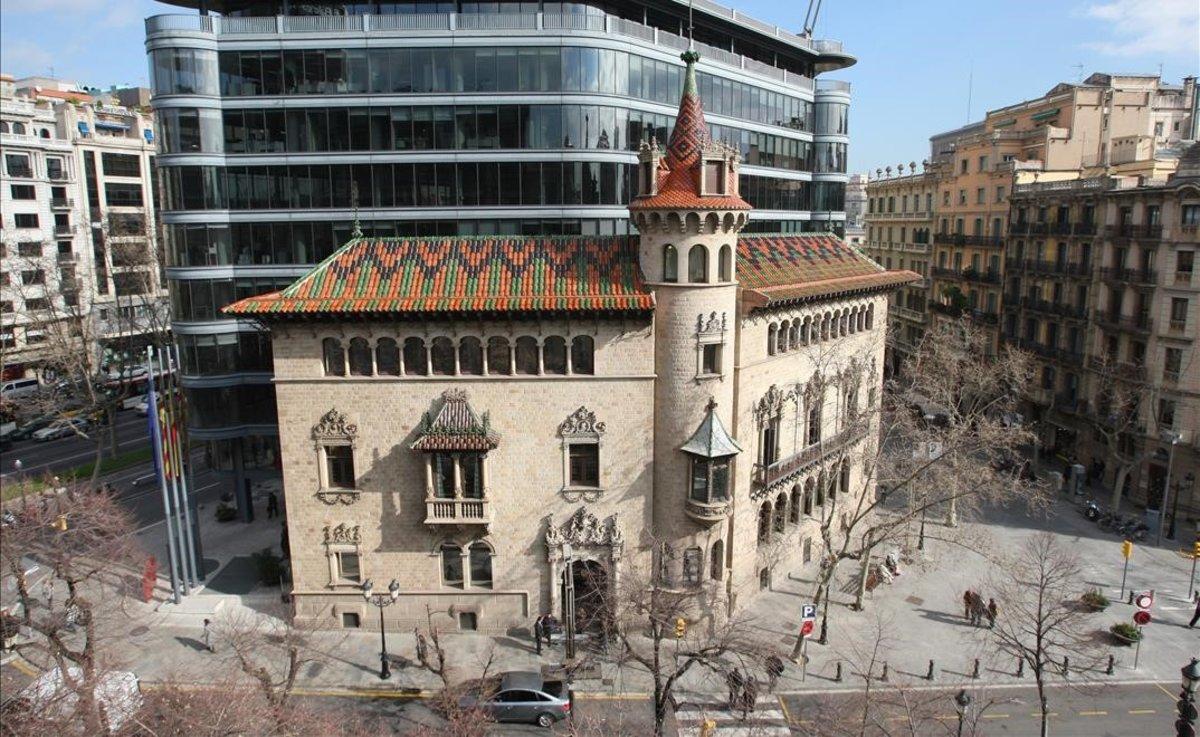 La Diputació de Barcelona cedeix els seus cotxes a CatSalut