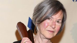 La Nobel Louise Glück.