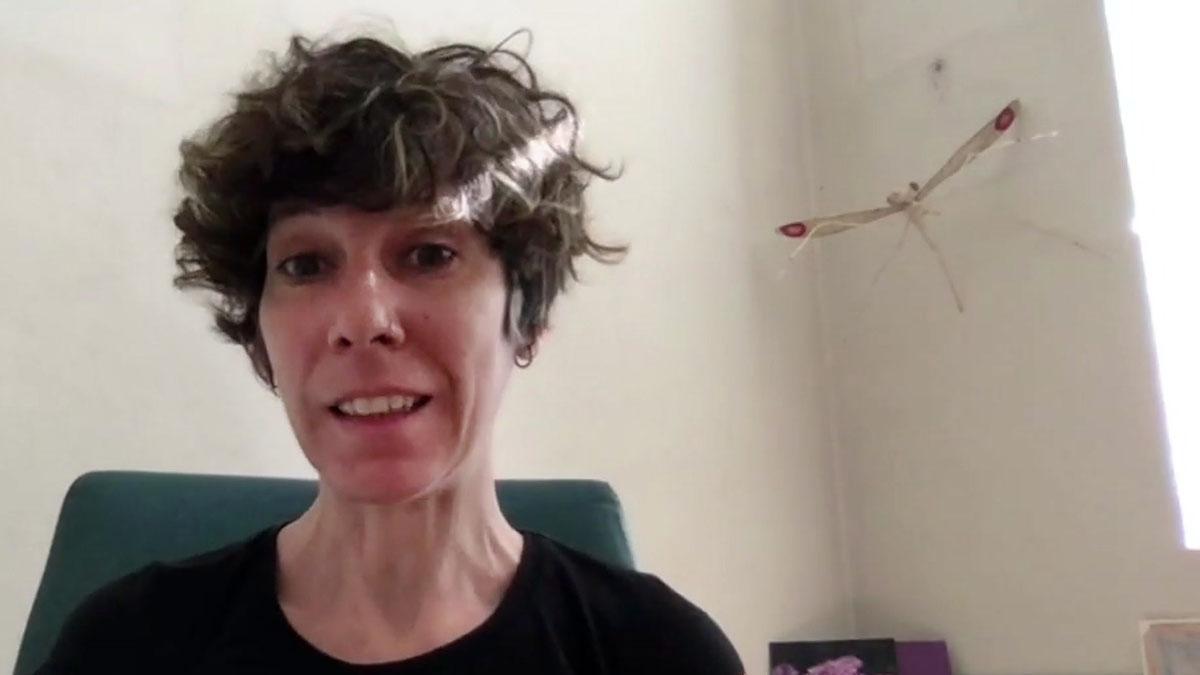 La investigadora Elena Gómez-Díaz explica los motivos de la manifestación #sinciencianohayfuturo, una iniciativa que este miércoles ha inundado las redes sociales