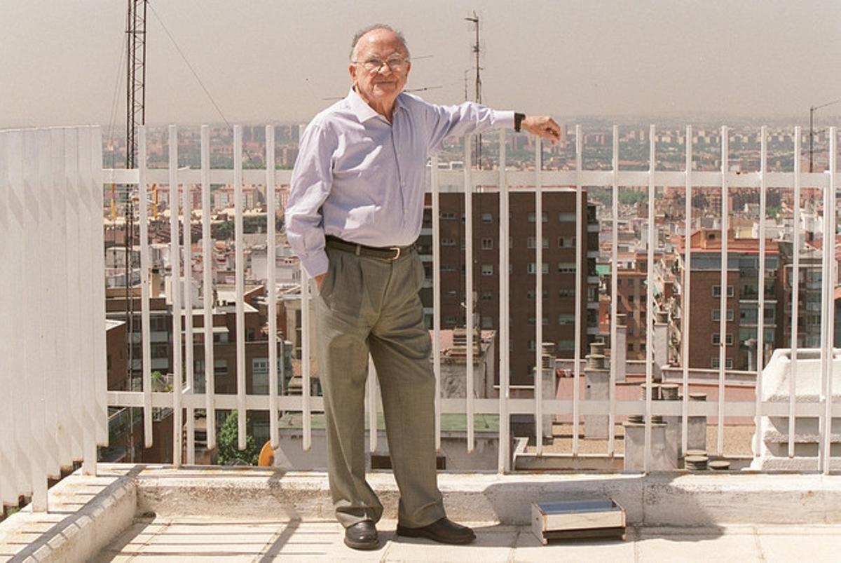 Imatge de l'entrevista a Santiago Carrillo l'any 2002.