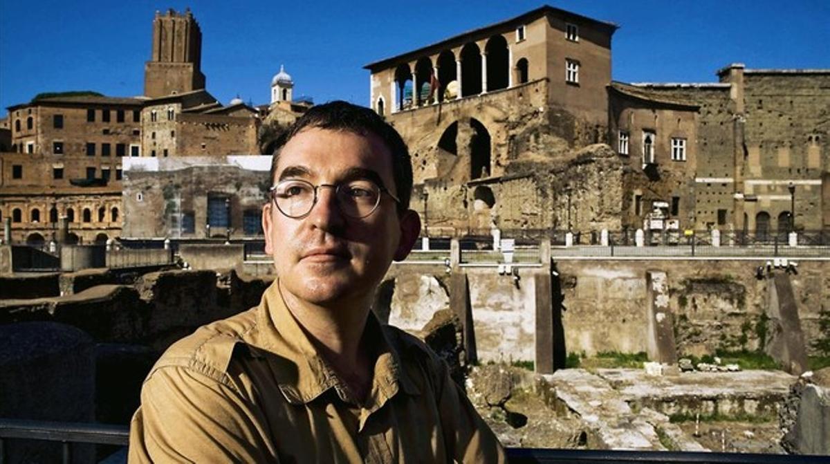 El escritor Santiago Posteguillo
