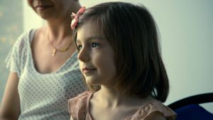 Sasha, niña trans protagonista del documental 'Una niña', dirigido por el cineasta francés Sebastien Lifshitz.