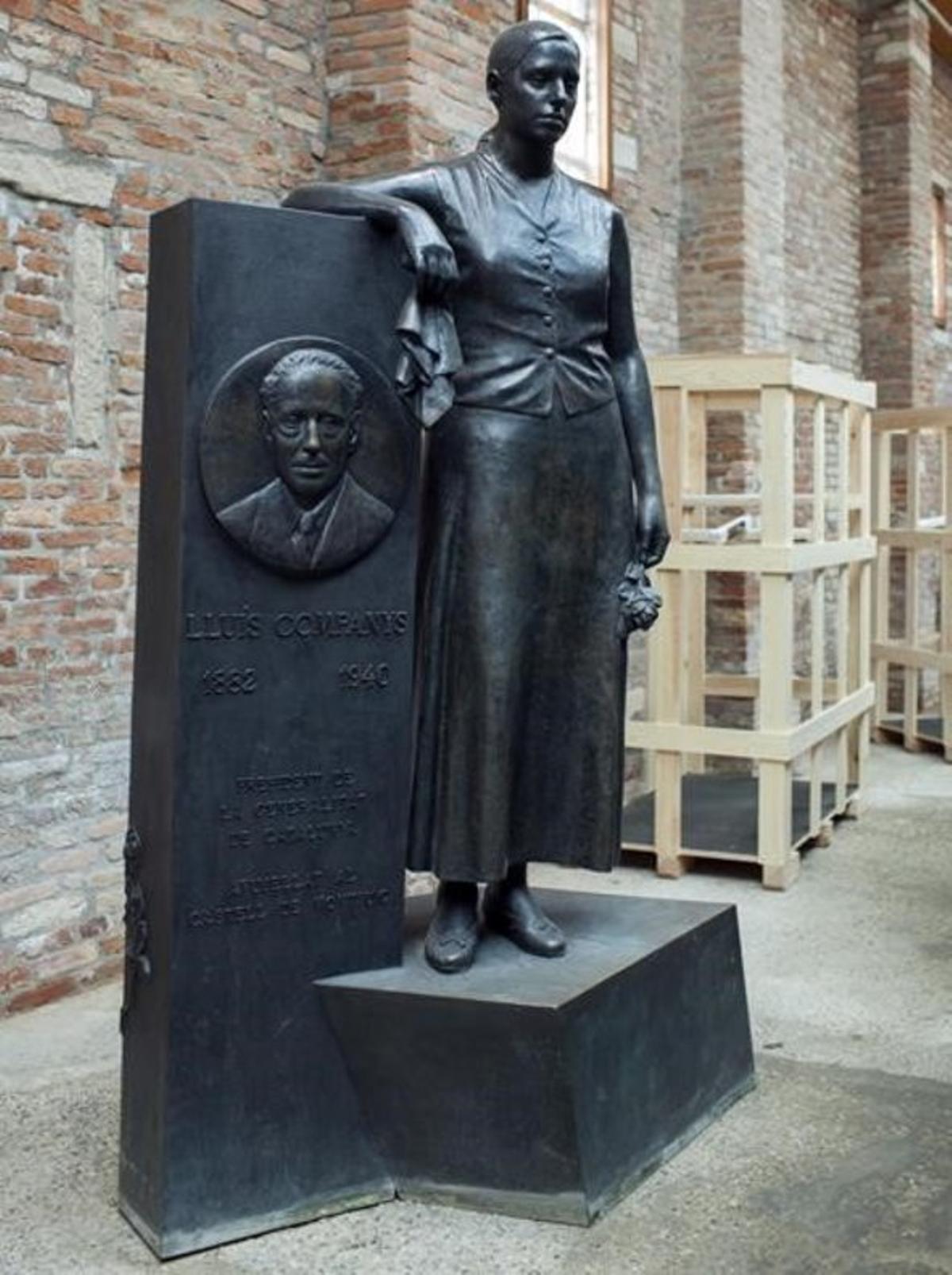 Monumento a Lluís Companys,la obra de Francisco López instalada desde 1998 en el paseo de Sant Joan de Barcelona