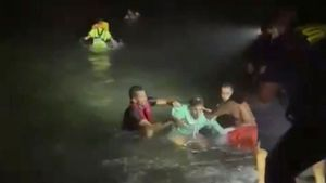 Al menos seis muertos al naufragar una patera al norte de Lanzarote.