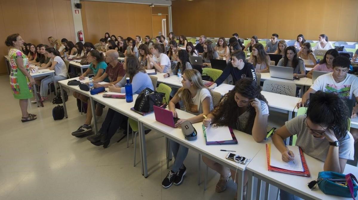 Aula de la facultad de Educación en el campus Catalunya de la Universitat Rovira i Virgili (URV), en Tarragona.