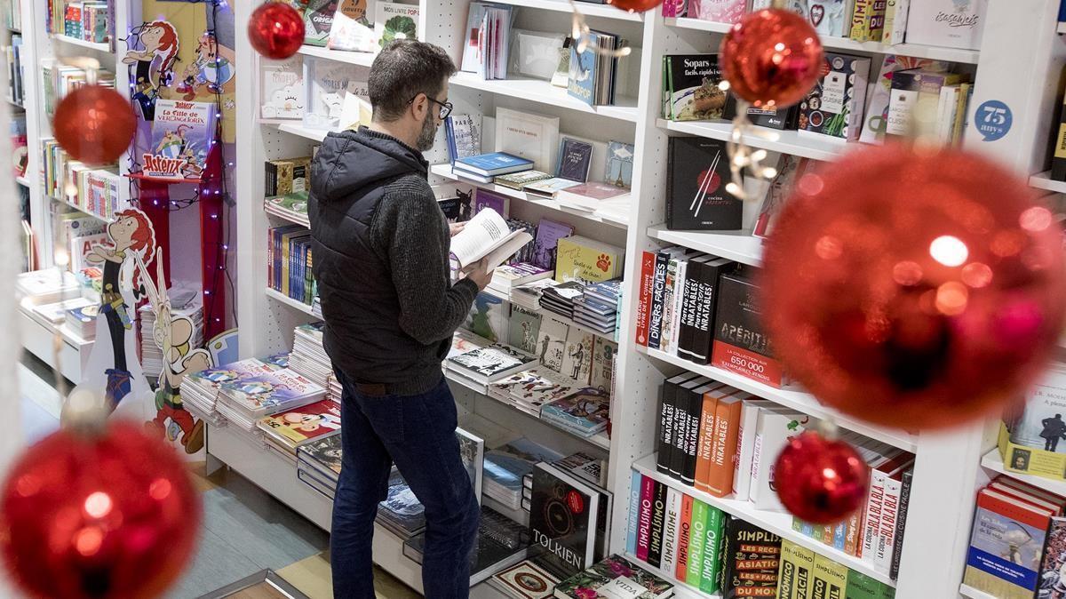 Decoracion navideña en la Libreria Jaimes.