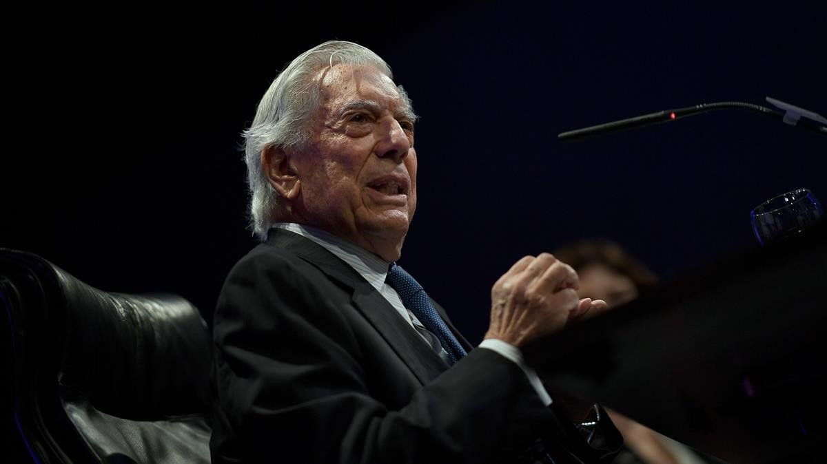 Mario Vargas Llosa, en la presentación de 'Tiempos recios'.