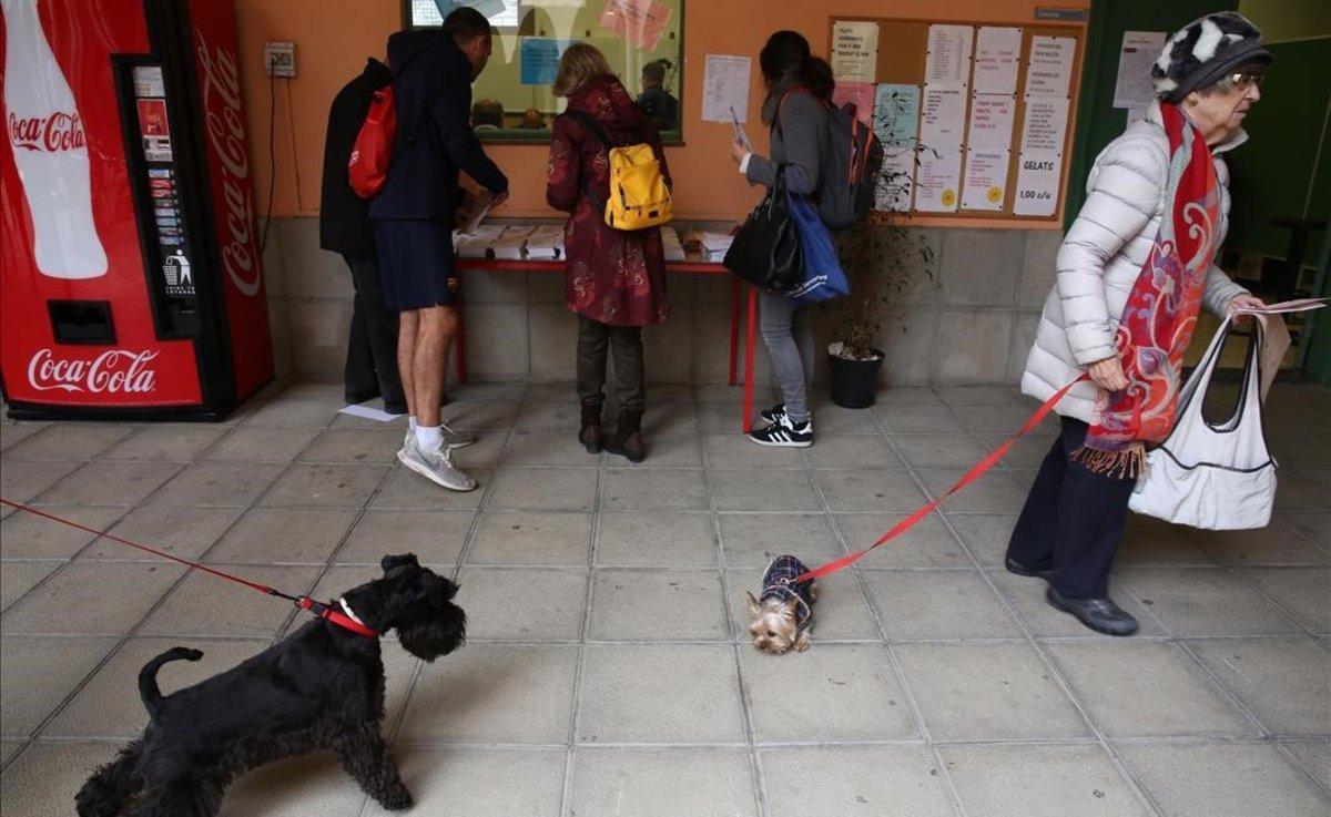 Votaciones en los salesianos de Sarrià.