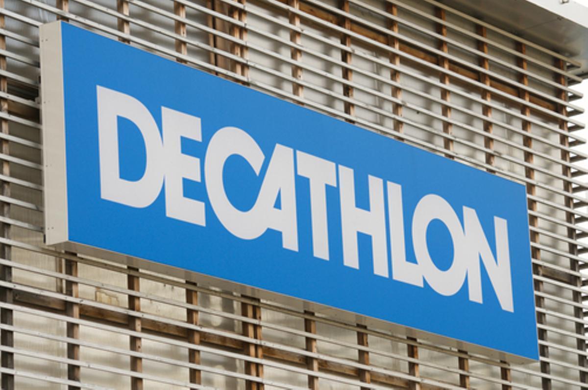 Decathlon selecciona personal para sus tiendas de Barcelona: Estos son los puestos que ofertan y los requisitos para acceder a ellos
