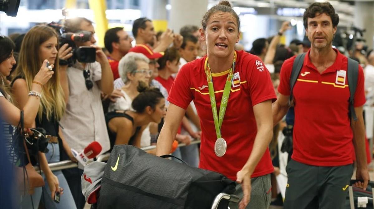Laia Palau, la capitana del equipo femenino de baloncesto, plata en los Juegos.