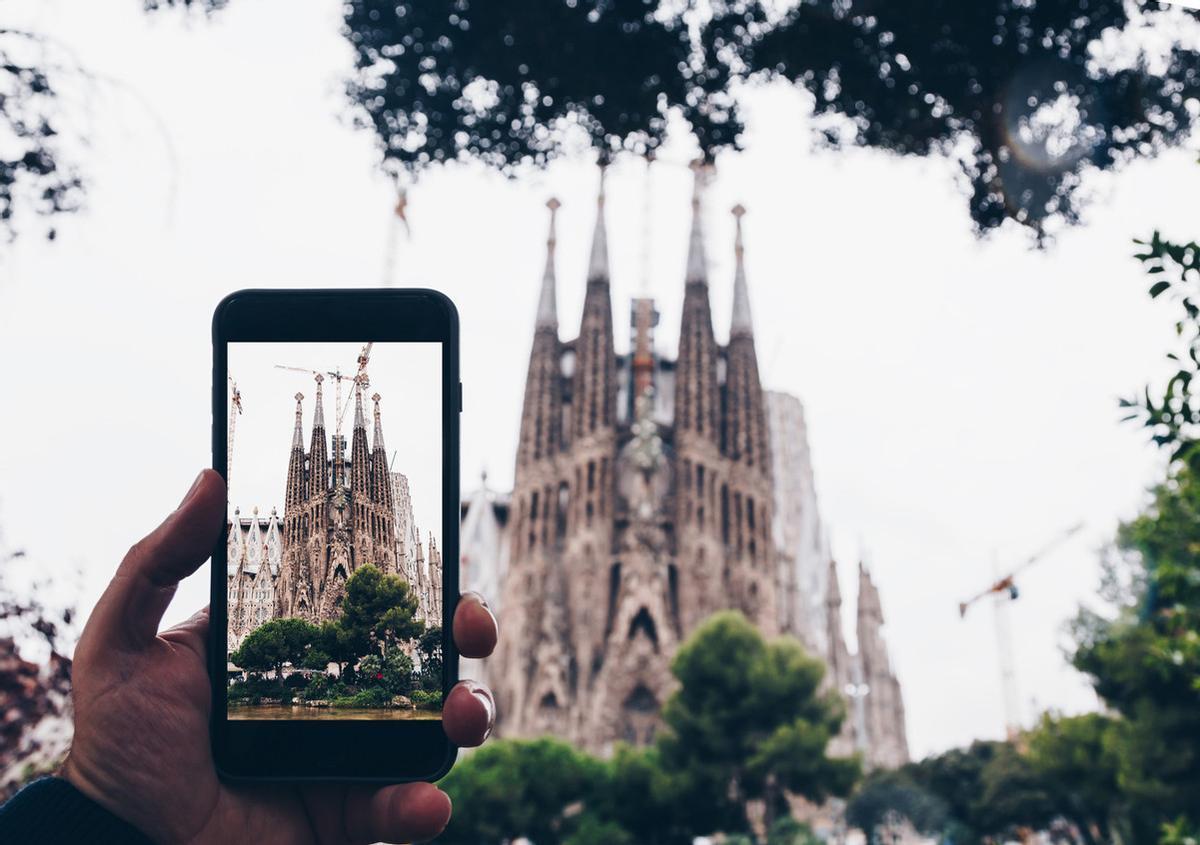 Foto icónica de la Sagrada Família sacada con un móvil.