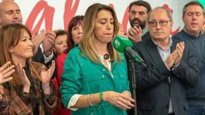 La candidata socialista, Susana Díaz, comparece ante la prensa tras conocer los resultados de las elecciones al Parlamento de Andalucía.