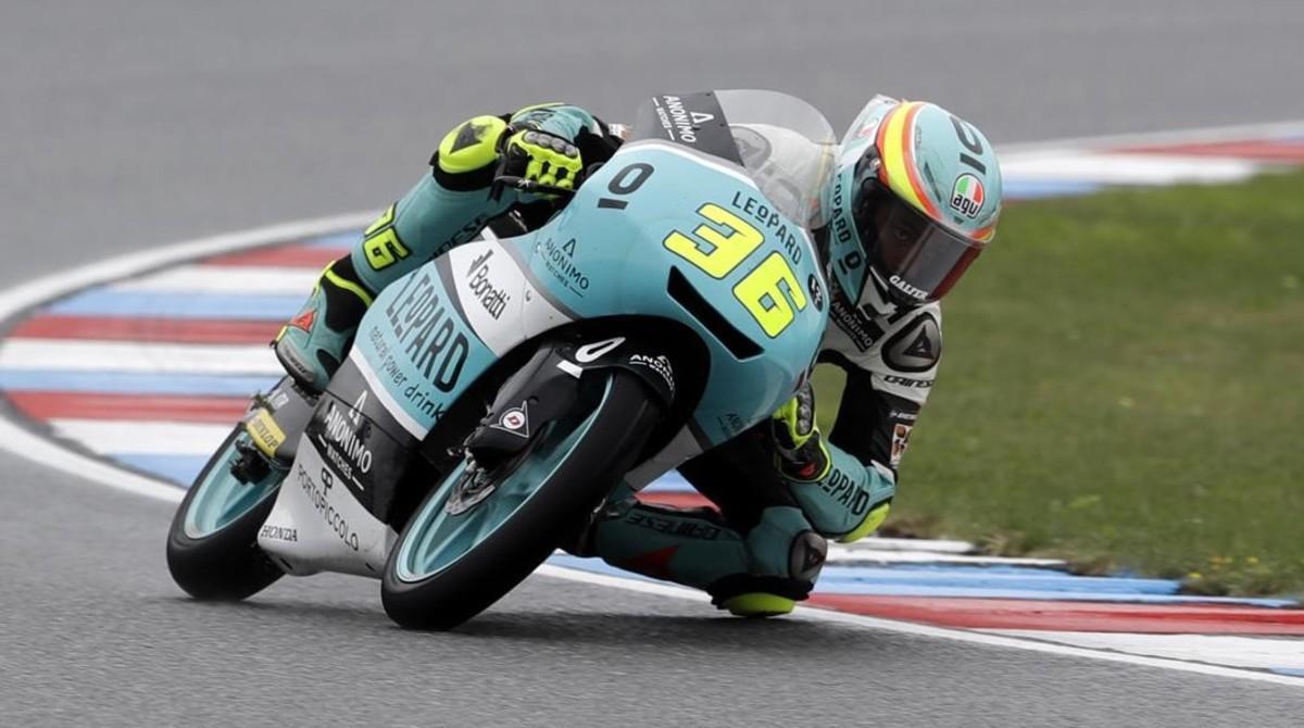 Joan Mir (Honda), en su última vuelta triunfal de hoy en Brno.