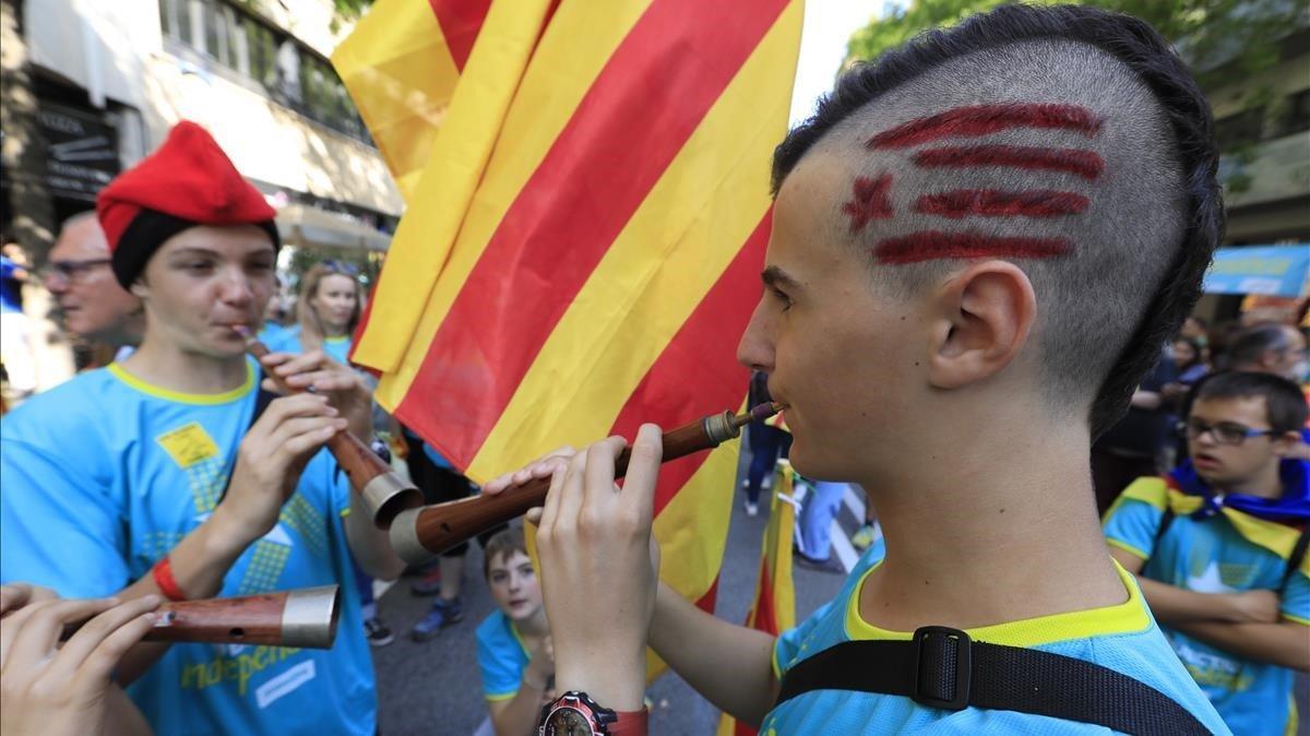 Manifestantes de la Diada, en la plaza de Espanya.