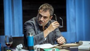 Julio Manrique, en una escena de 'Una història real', de Pau Miró.