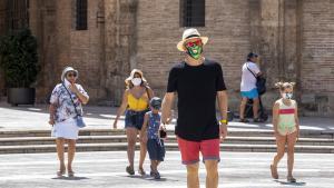València aixecarà el tancament perimetral la setmana que ve i ampliarà l'horari del toc de queda